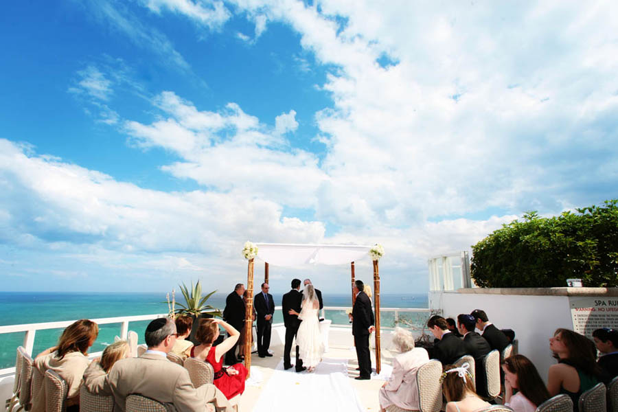 Elizabeth Peter Fontainebleau Hotel Wedding In Miami Beach Photographer Exquisitely Detailed Photography